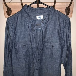 NWOT Old Navy Chambry Button Down